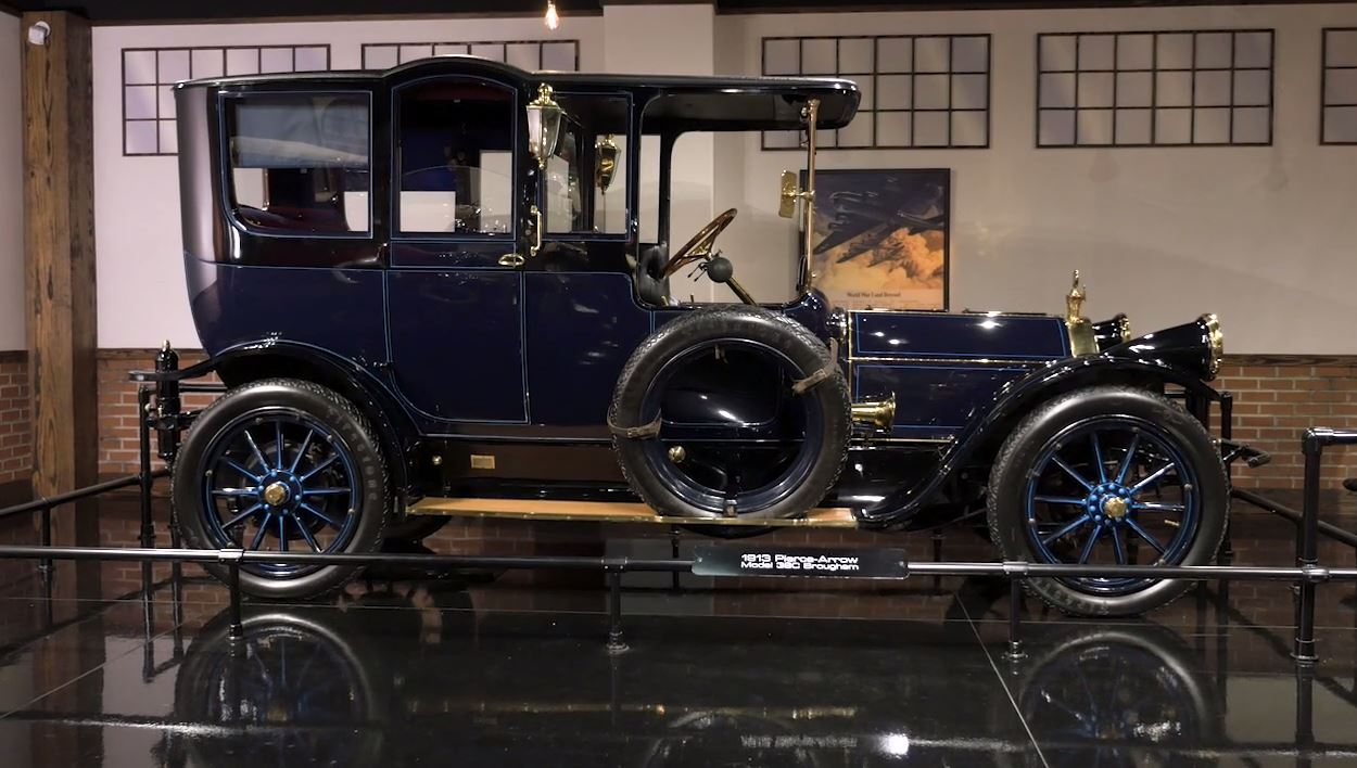 Classic Cars - Pierce Arrow