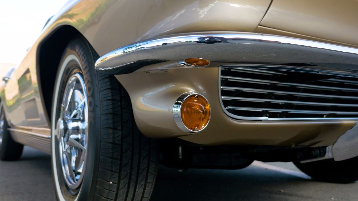 Classic Cars - Corvette